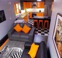 Open Plan Lounge / Kitchen